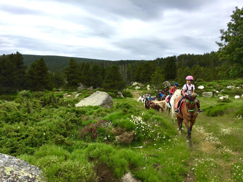 L'aposta per un estiu ric en experiències i coherent amb l'entorn: les Colònies Estiu Pyrene (La Cerdanya, Pirineu)